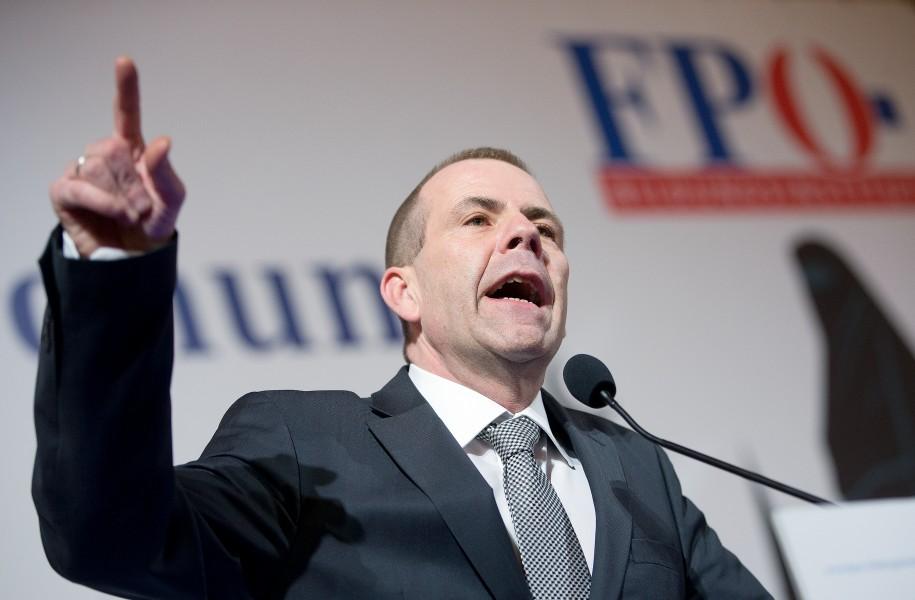 Harald Vilimsky kristisiert Banke Bilderberg-Treffen
