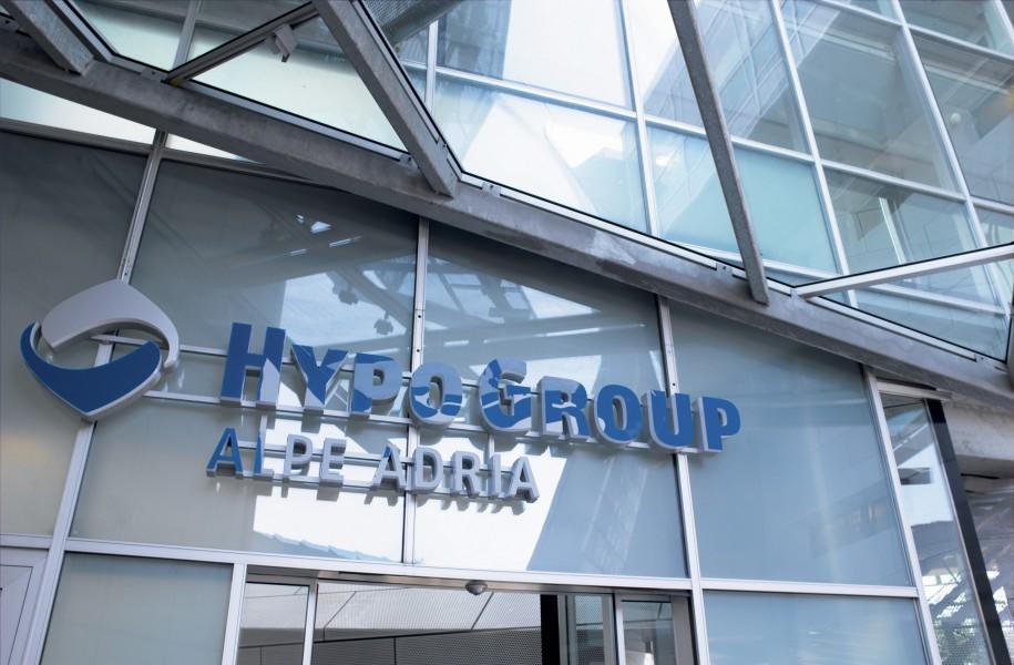 Vergleich Hypo alpe Adria Österreich und bayern