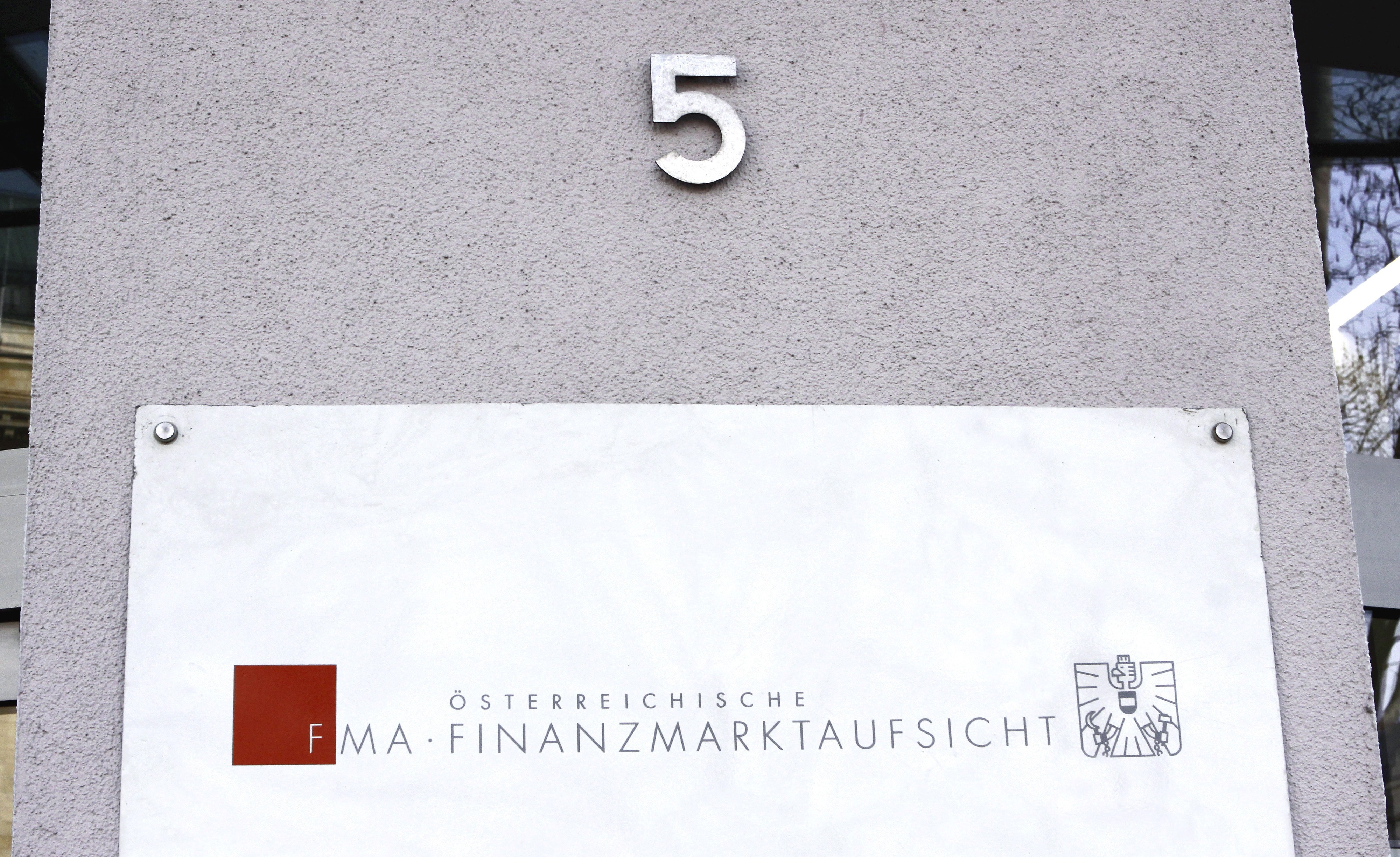 Klaus Grubelnik bledigt Kurier Futurezone Journalistin