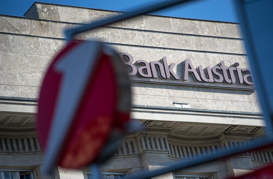 Bank Austria Verkauf Bawag Einpsarungen UNiCRedit