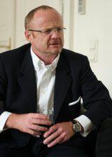 Banker Willi Hemetsberger klagt