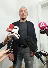 Pilz Rücktritt wegen Banker